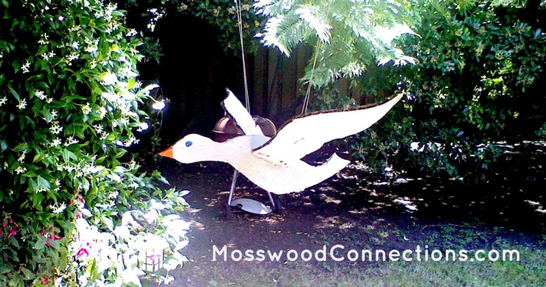 3-D Bird Mobile Craft for Kids #mosswoodconnections