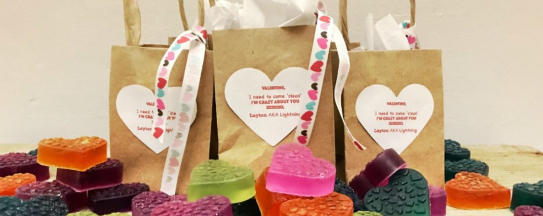 Clever Valentines the Whole Family Will Enjoy #mosswoodconnections #Valentines #crafts #non-candyvalentine #holidays