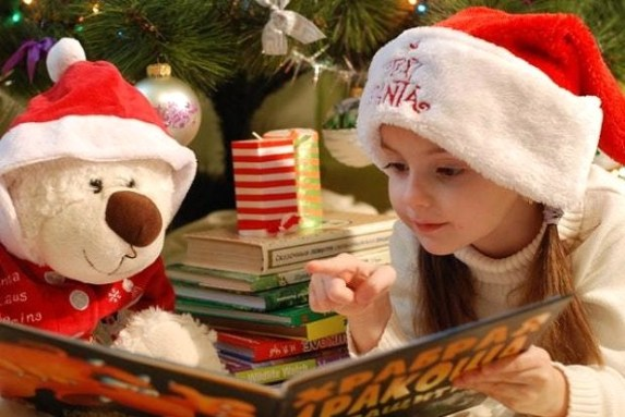 A Huge Collection of Gift Guides for Kids #mosswoodconnections