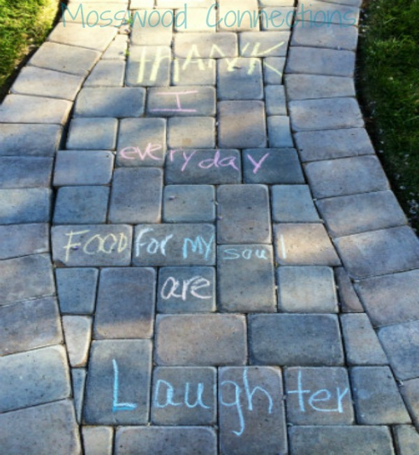 Love Notes on My Sidewalk; A Simple Way to Connect with Your Child #mosswoodconnections #parenting